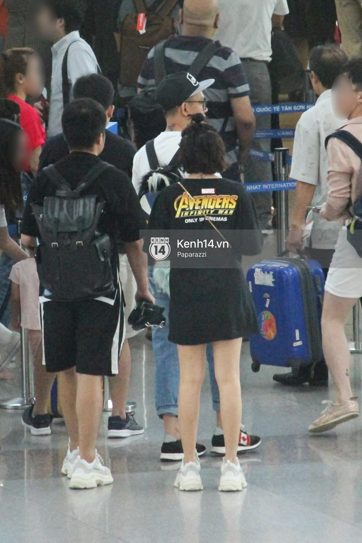 Sau ồn ào lộ giá cát-xê, Bảo Anh diện lại áo cũ lên đường sang Singapore dự ra mắt Avengers: Infinity War - Ảnh 11.