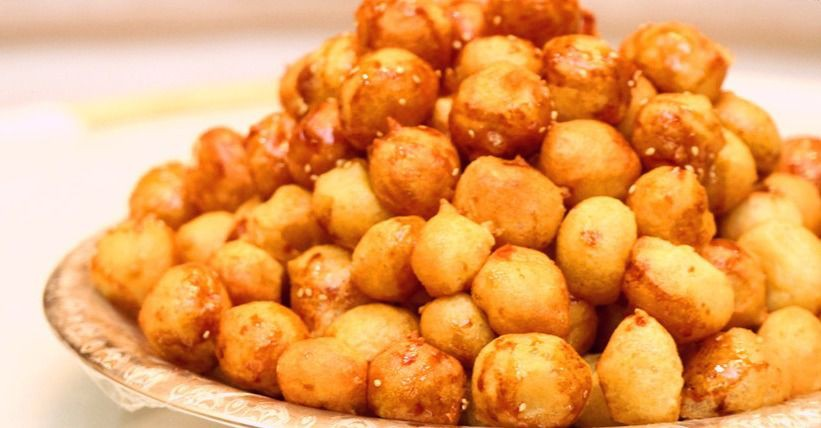 Ở Dubai giàu có, người ta vẫn mê mẩn món bánh rán đường phố siêu rẻ này - Ảnh 6.