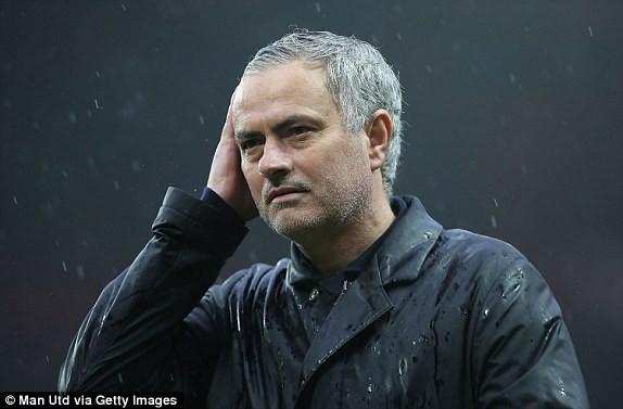 HẠ MÀN: Man Utd bại trận, dâng Cúp vô địch Premier League cho Man City - Ảnh 4.
