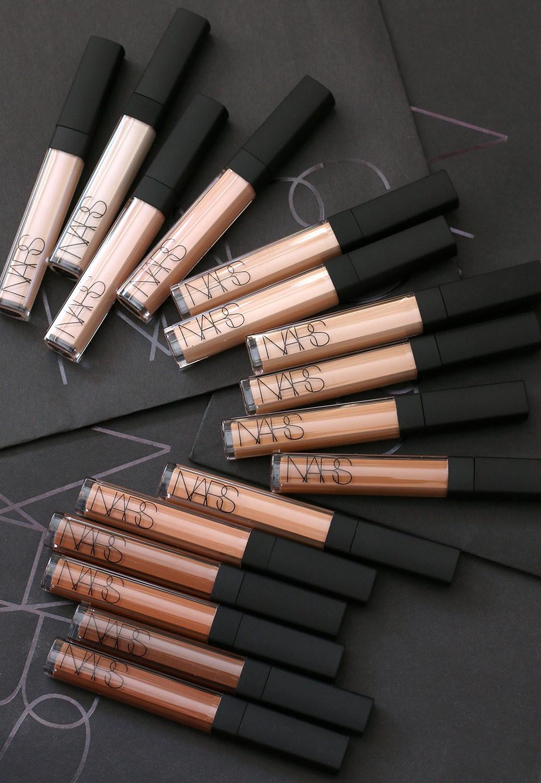 11 sản phẩm makeup huyền thoại mà bạn không thể không dùng thử nếu là một tín đồ làm đẹp chính hiệu - Ảnh 3.