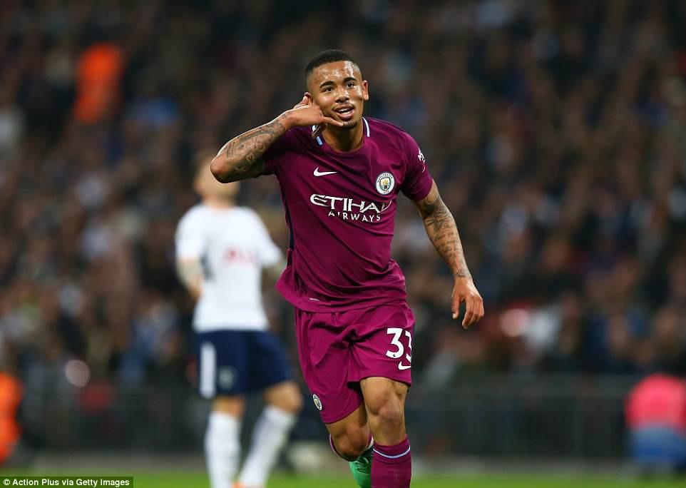 Man City đánh bại Tottenham, chạm tay vào ngôi vô địch - Ảnh 7.