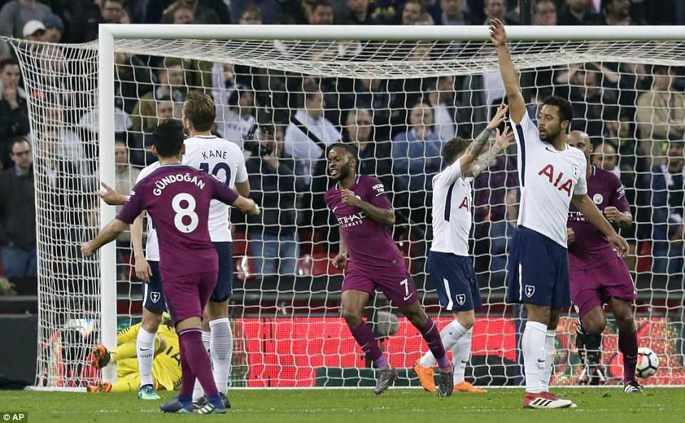 Man City đánh bại Tottenham, chạm tay vào ngôi vô địch - Ảnh 13.
