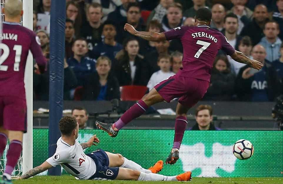 Man City đánh bại Tottenham, chạm tay vào ngôi vô địch - Ảnh 12.