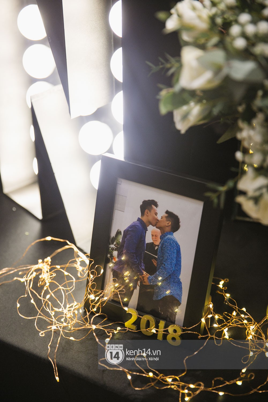 Bố mẹ hai bên gia đình có mặt đông đủ trong đám cưới của biên đạo John Huy Trần và bạn trai Nhiệm Huỳnh - Ảnh 7.