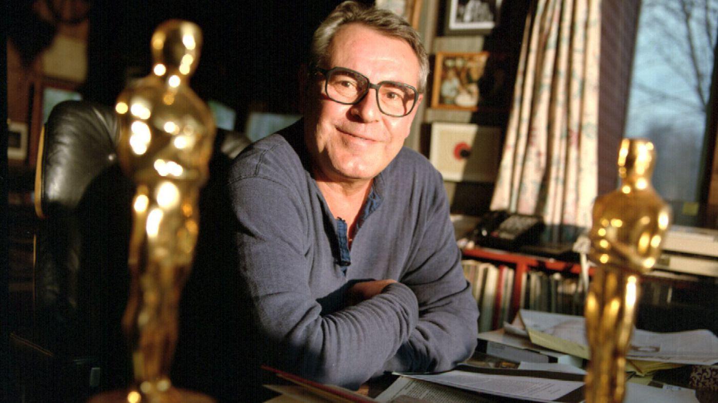 Đạo diễn tuyệt phẩm day dứt Bay Trên Tổ Chim Cúc Cu qua đời ở tuổi 86 - Ảnh 1.