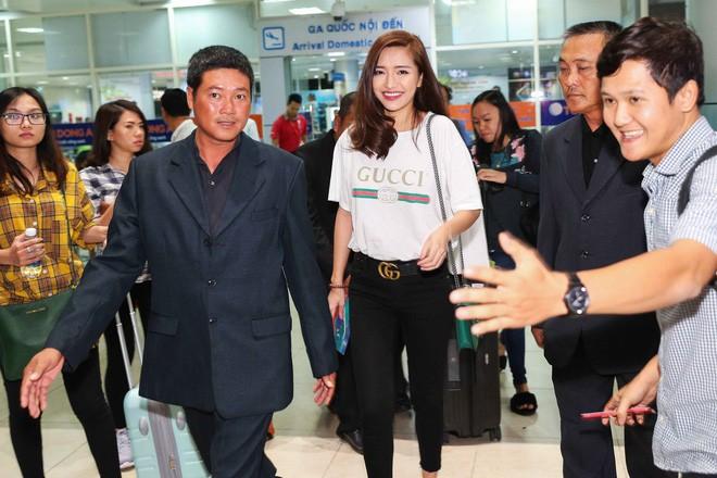 Mãi mới sắm thêm một món đồ hiệu cho mình vậy mà HHen Niê lại đụng hàng với cả showbiz Việt - Ảnh 9.