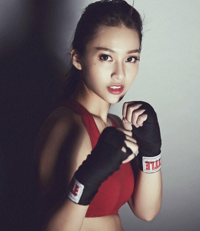 """Khả Ngân: Boxing girl """"số nhọ"""" và cú liều mạng với bộ phim ngôn tình đầu tay - Ảnh 1."""