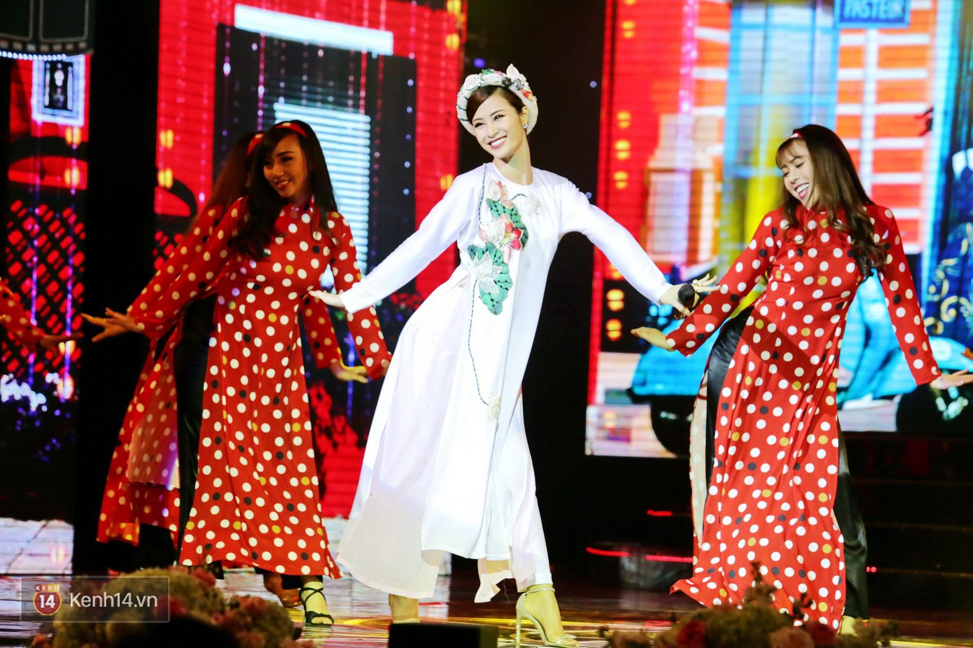 Đông Nhi diện áo dài đằm thắm, mang Cô Ba Sài Gòn khuấy động lễ trao giải Cánh Diều - Ảnh 4.