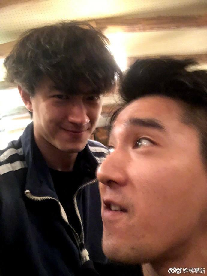 Trót dại trêu bạn, Lâm Canh Tân lộ ảnh hẹn hò với Vương Lệ Khôn do Dạ Hoa Triệu Hựu Đình hớ hênh chia sẻ - Ảnh 3.