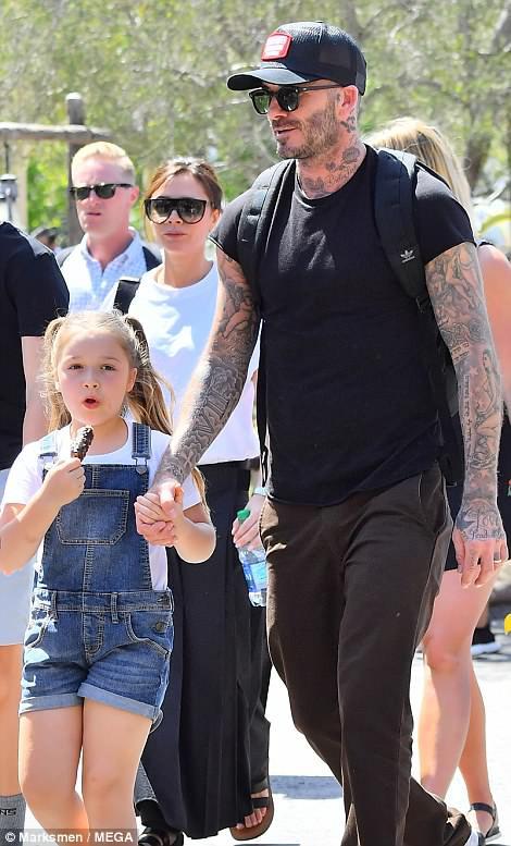 Các con nhà Beckham đều đã cực cao lớn, đặc biệt Harper cho thấy tiềm năng trở thành siêu mẫu - Ảnh 3.