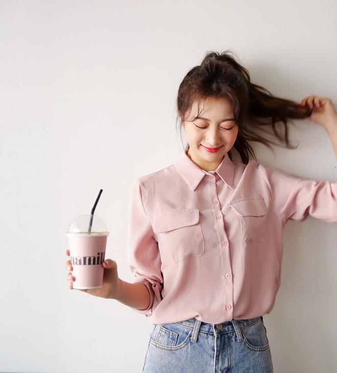 Nếu muốn vừa nữ tính lại trẻ trung như Song Hye Kyo, Phạm Băng Băng… thì đây là 5 items màu hồng mà bạn cần - Ảnh 5.