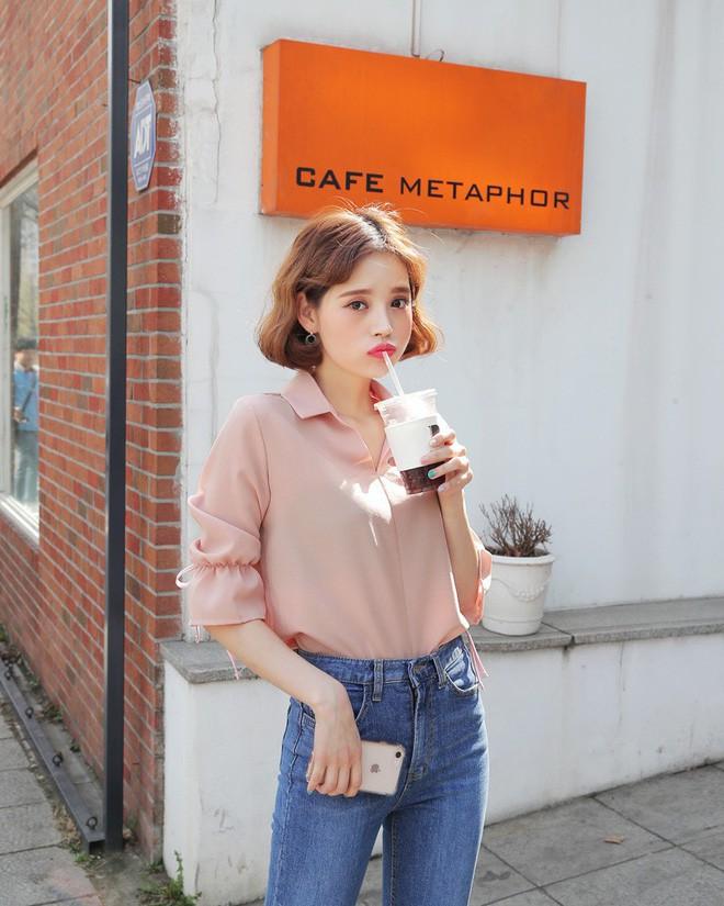 Nếu muốn vừa nữ tính lại trẻ trung như Song Hye Kyo, Phạm Băng Băng… thì đây là 5 items màu hồng mà bạn cần - Ảnh 7.