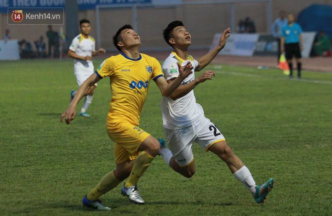 Phan Văn Đức tỏa sáng rực rỡ, ghi điểm tuyệt đối với HLV Park Hang Seo - Ảnh 1.