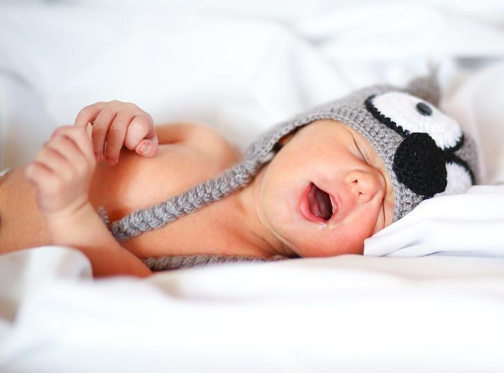 Những sự thật lợi bất cập hại về thói quen ngủ nude tất cả chúng ta đều cần biết trước khi thử - Ảnh 1.