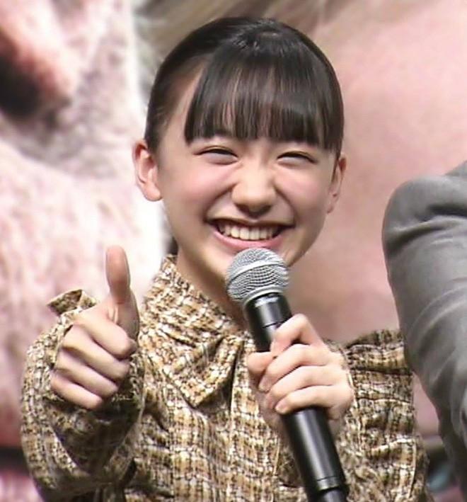 Mana-chan, cô bé đang gây sốt với clip quên người yêu cũ đi, vì vẫn còn 3 tỷ 50 triệu đàn ông trên thế giới là ai? - Ảnh 19.