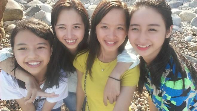 Câu chuyện đằng sau bức ảnh nhà có 6 chị em gái giống nhau như những giọt nước khiến ai nhìn thấy cũng bối rối - Ảnh 4.