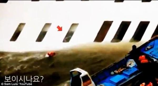 Những hình ảnh trong vụ chìm phà Sewol khiến hơn 300 người thiệt mạng vẫn khiến mọi người ám ảnh - Ảnh 8.