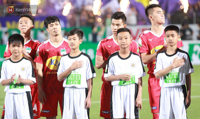 Phan Văn Đức tỏa sáng rực rỡ, ghi điểm tuyệt đối với HLV Park Hang Seo - Ảnh 4.