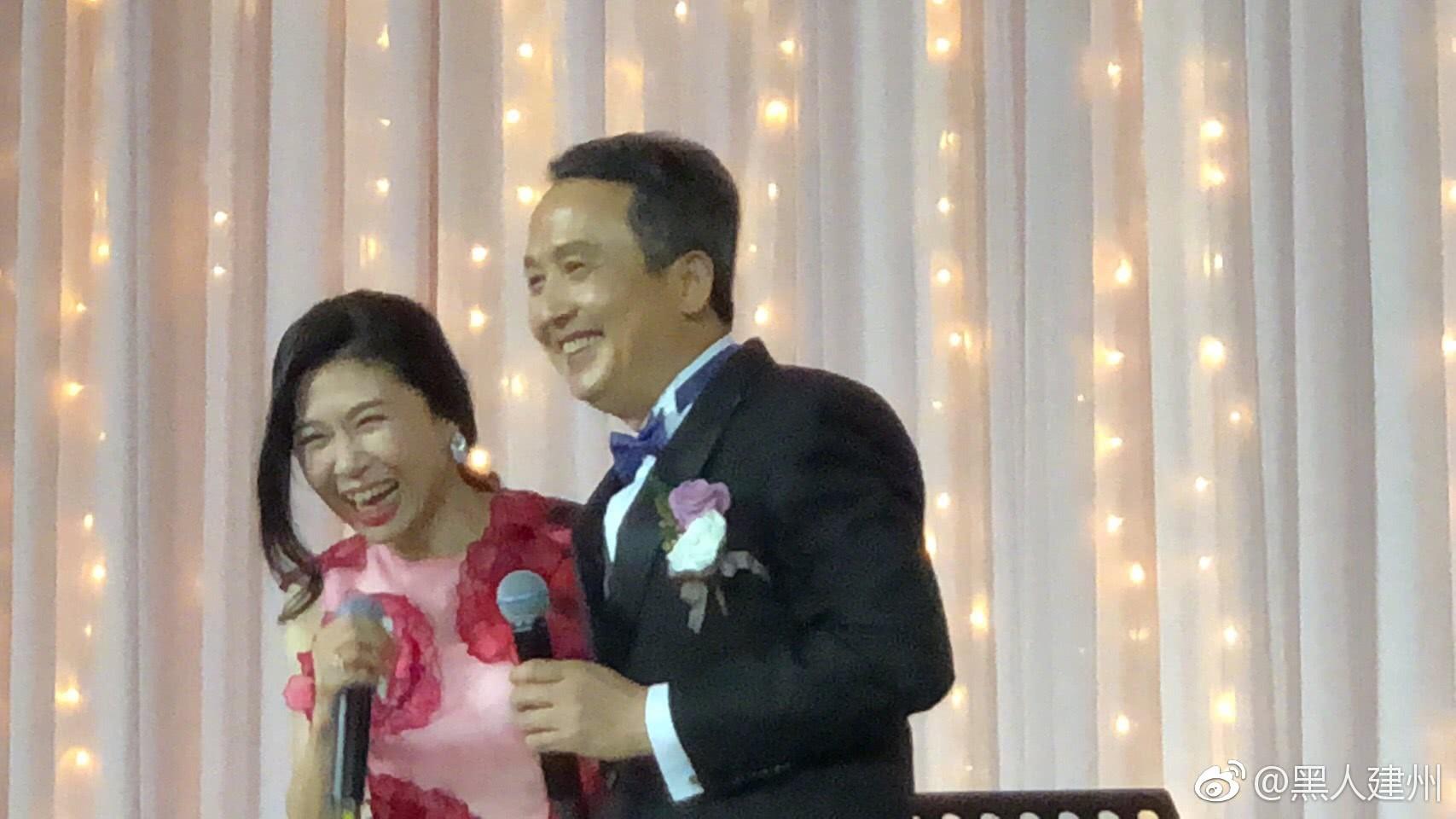 Đám cưới hoành tráng mời nửa showbiz Đài: Cô dâu năm nay đã 54 tuổi - Ảnh 4.
