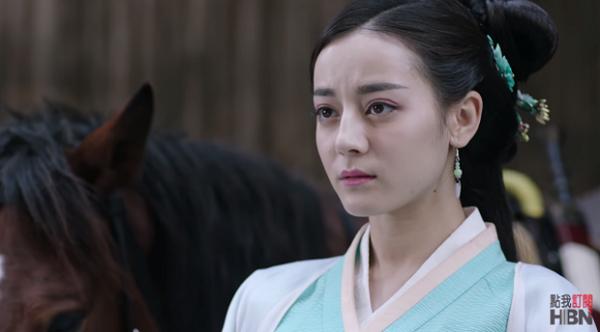 """Được ca tụng hết lời về nhan sắc, nhưng sao 7 diễn viên Hoa ngữ này lại...""""thường"""" thế? - Ảnh 24."""