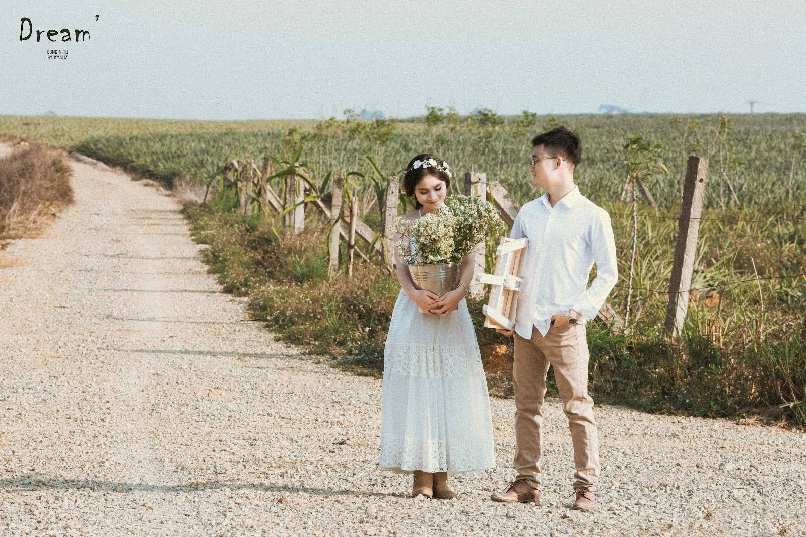 """Dân tình phát sốt với bộ ảnh cưới trong trẻo """"Vẽ giấc mơ tình yêu"""" trên cánh đồng dứa Ninh Bình - Ảnh 7."""