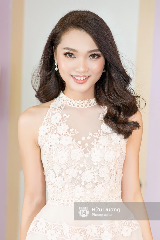 Phan Văn Đức lên tiếng về nghi vấn hẹn hò với Top 10 Hoa hậu Hoàn vũ 2017 - Ảnh 1.