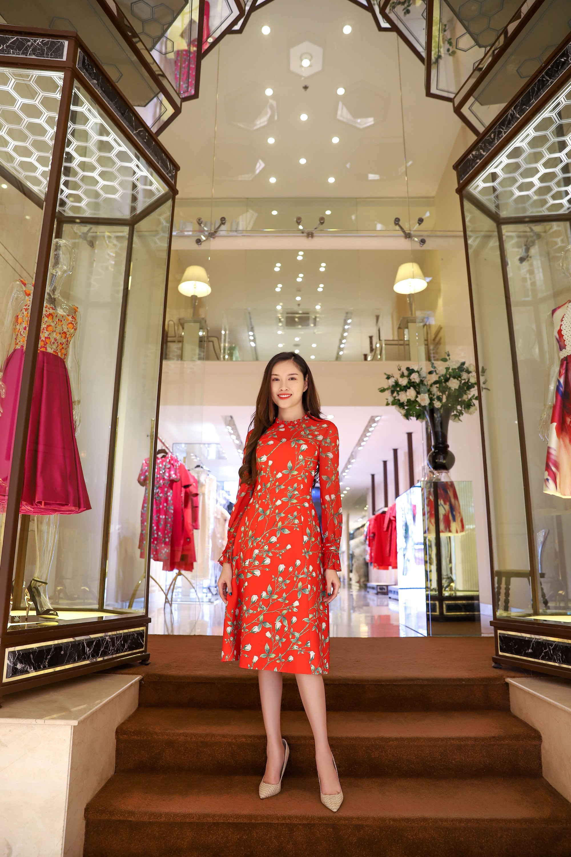 Đỗ Mỹ Linh, Jun Vũ, Quỳnh Anh Shyn cùng loạt sao tất bật lên đồ, chuẩn bị đọ sắc tại show của NTK Công Trí - Ảnh 16.