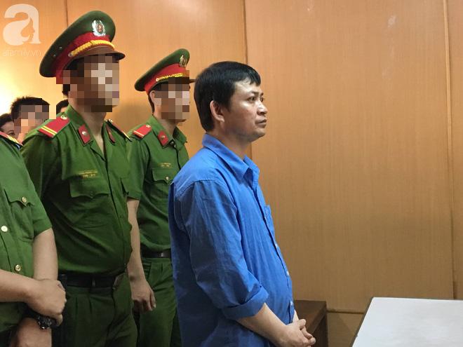 Con trai tố cha giết mẹ dã man rồi chở xác về quê, VKS đề nghị mức án tử hình dành cho hung thủ - Ảnh 1.