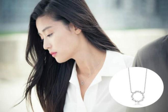 Nhờ phim Hàn mà loạt phụ kiện nhỏ xinh này bỗng nhiên trở thành cơn sốt - Ảnh 18.