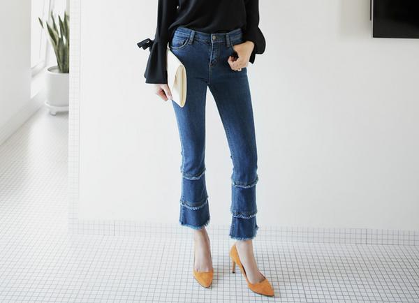 4 lưu ý giúp bạn diện quần jeans ống vẩy max đẹp - Ảnh 4.
