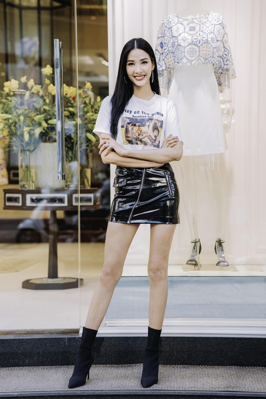 Đỗ Mỹ Linh, Jun Vũ, Quỳnh Anh Shyn cùng loạt sao tất bật lên đồ, chuẩn bị đọ sắc tại show của NTK Công Trí - Ảnh 8.