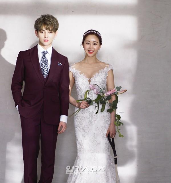 Phiên bản Chị Đẹp của showbiz: Mỹ nhân Hàn U45 cưới hotboy kém 18 tuổi, mỗi tháng cho 20 triệu tiền tiêu vặt - Ảnh 2.