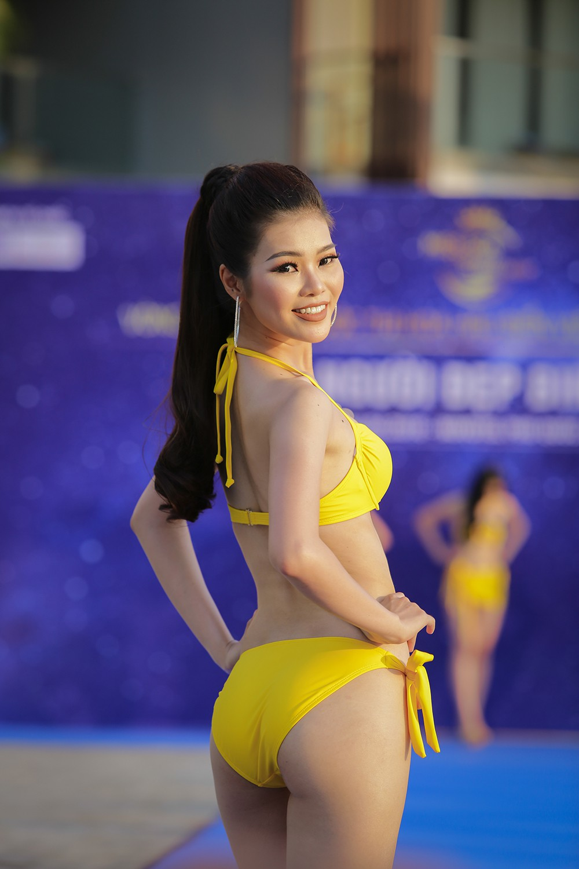 Không chỉ bị thanh tra, thí sinh Hoa hậu Biển Việt Nam toàn cầu 2018 còn lộ nhan sắc kém xinh trước thềm chung kết - Ảnh 9.