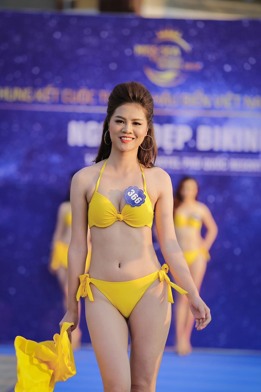 Không chỉ bị thanh tra, thí sinh Hoa hậu Biển Việt Nam toàn cầu 2018 còn lộ nhan sắc kém xinh trước thềm chung kết - Ảnh 4.