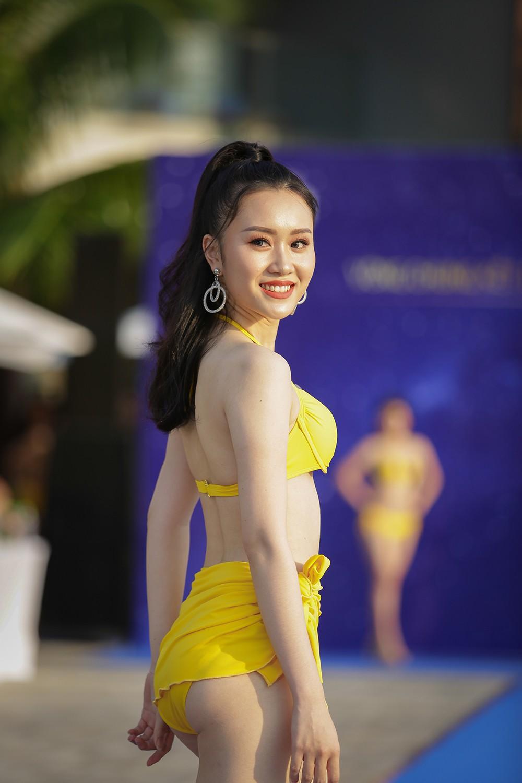 Không chỉ bị thanh tra, thí sinh Hoa hậu Biển Việt Nam toàn cầu 2018 còn lộ nhan sắc kém xinh trước thềm chung kết - Ảnh 8.