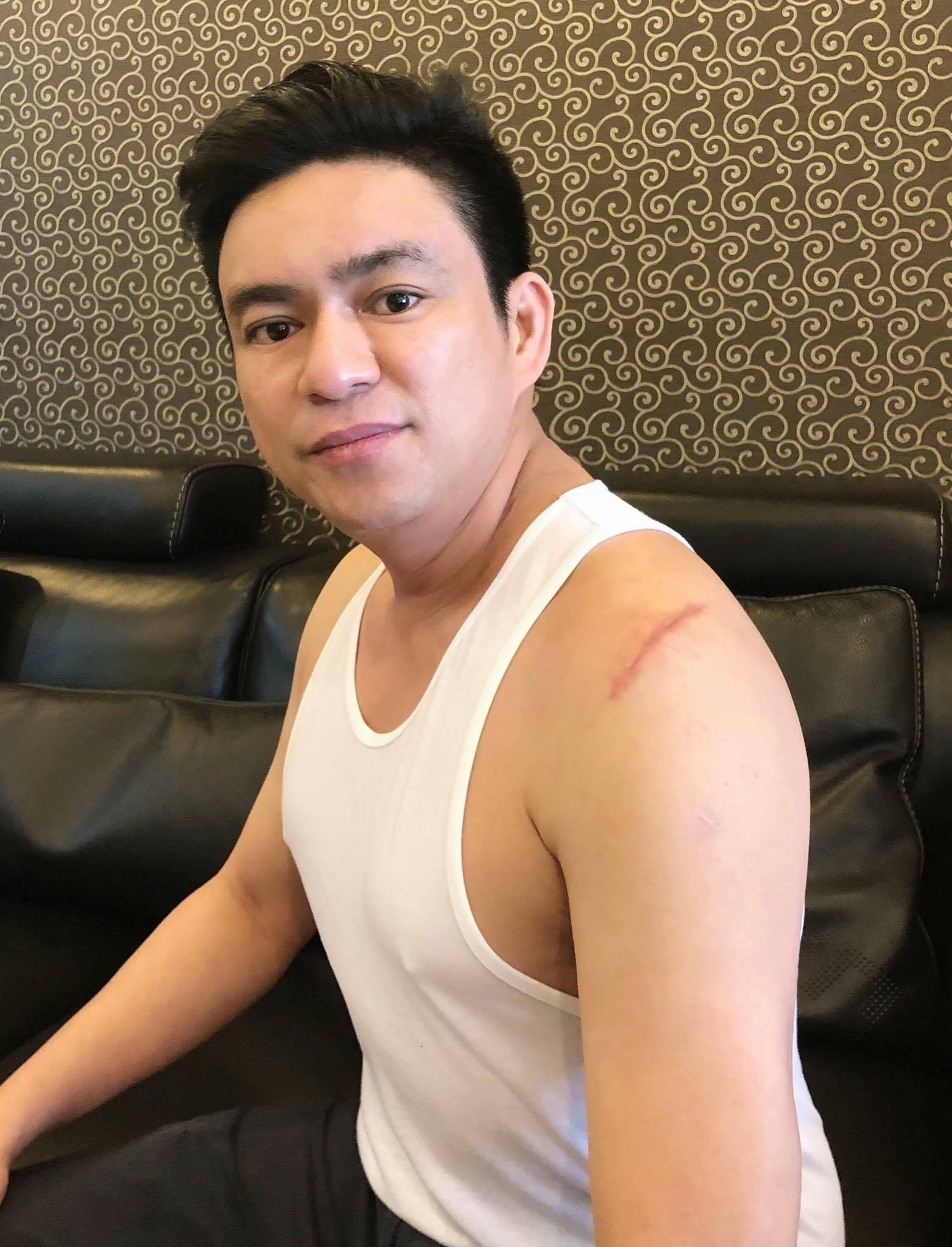 Bác sĩ thẩm mỹ Chiêm Quốc Thái bị truy sát ở trung tâm Sài Gòn, nghi do liên quan đến vợ cũ - Ảnh 1.