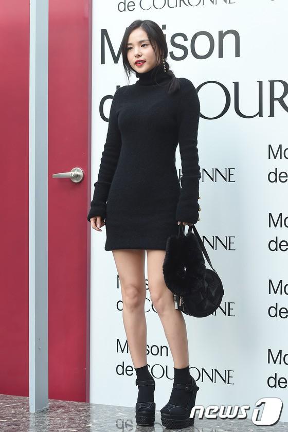 Sở hữu nhan sắc và thần thái hạng A showbiz, nhưng Taylor Swift - Dương Mịch - Min Hyo Rin đều có cùng một góc chết? - Ảnh 22.