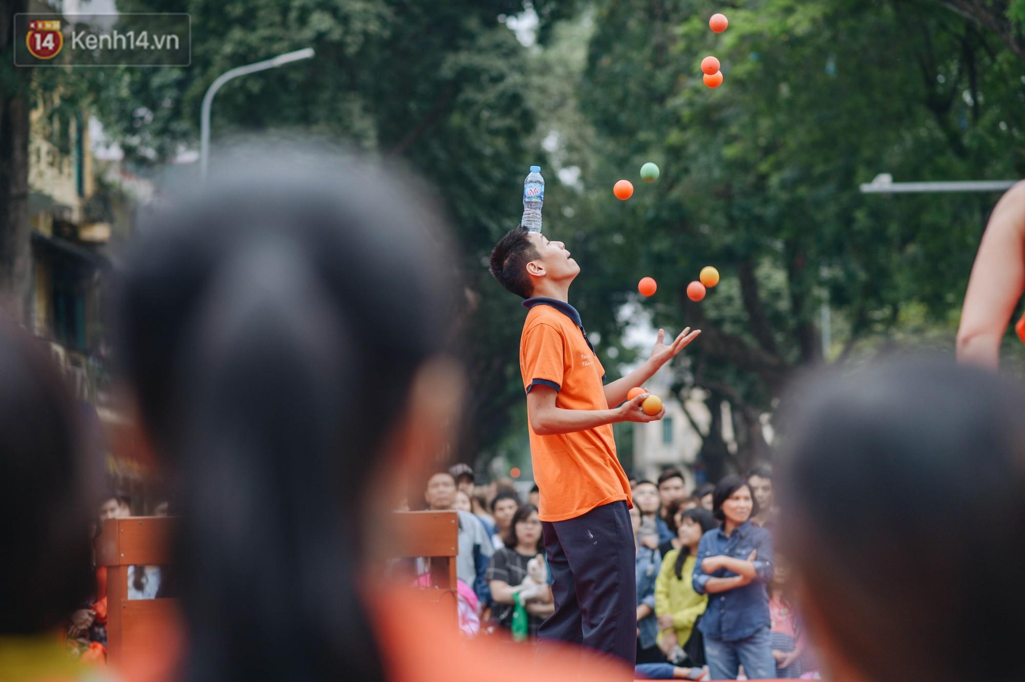 Một người cha Hà Nội viết nên cổ tích cho con trai tự kỷ thoát án chung thân, trở thành kỷ lục gia xiếc nhí Việt Nam - Ảnh 9.