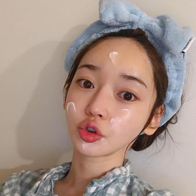 Bí quyết để có làn da căng mịn, bóng sáng của quý cô xứ Hàn chính là đây - Ảnh 1.