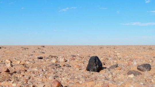 Tìm ra nguồn gốc thiên thạch chứa đầy kim cương rơi xuống Trái đất - Ảnh 1.