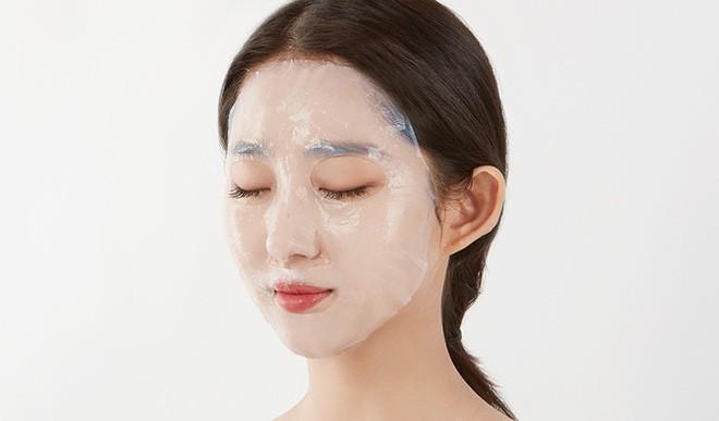 Bí quyết để có làn da căng mịn, bóng sáng của quý cô xứ Hàn chính là đây - Ảnh 37.