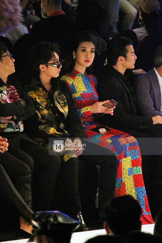 Khoảnh khắc đáng yêu: Sơn Tùng M-TP nhắng nhít selfie cùng Hoa hậu Đỗ Mỹ Linh - Ảnh 2.