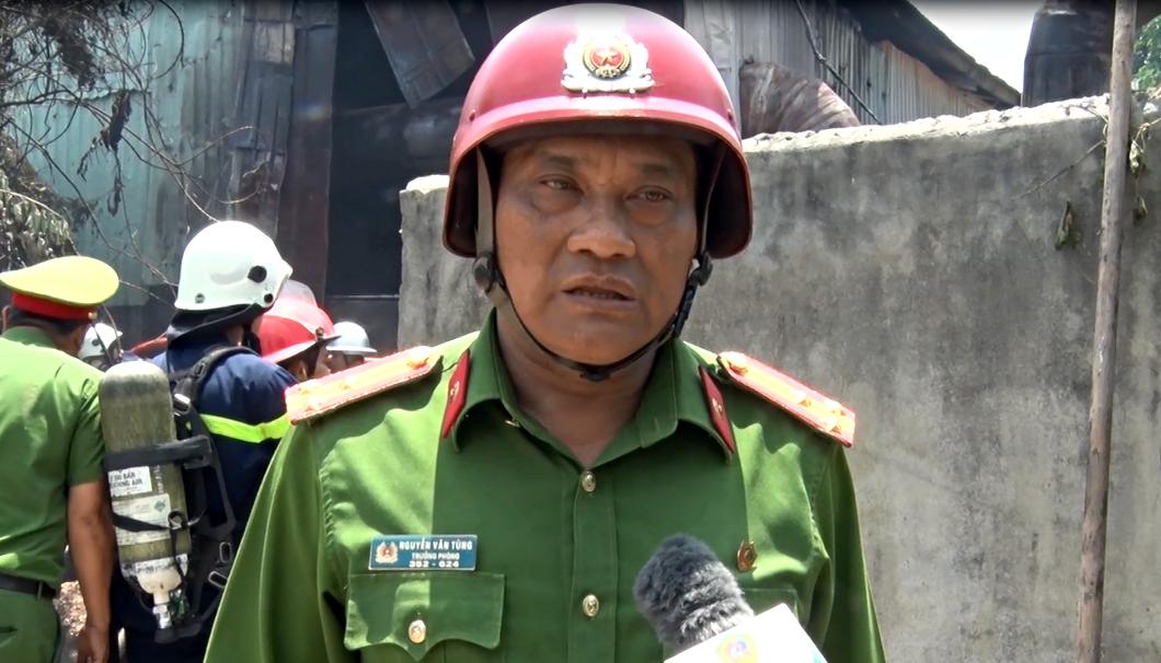 Cháy lớn tại xưởng gỗ 5.500m2 ở Đà Nẵng, nhiều người tá hỏa bỏ chạy - Ảnh 7.