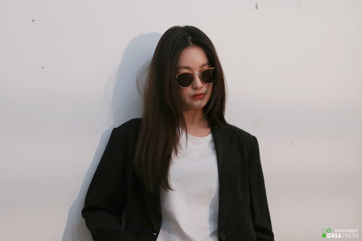 Bạn gái Kim Bum lần đầu lộ diện sau tin hẹn hò: Nhan sắc không đùa được đâu trong loạt ảnh hậu trường - Ảnh 21.
