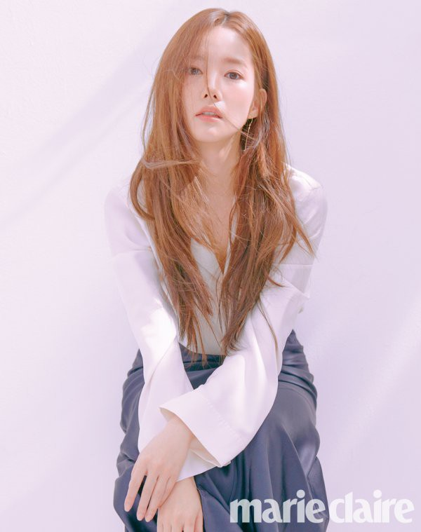 Trở lại với bộ hình đẹp ná thở, Park Min Young giờ đã biến đổi thành công đến đẳng cấp nữ hoàng dao kéo - Ảnh 15.