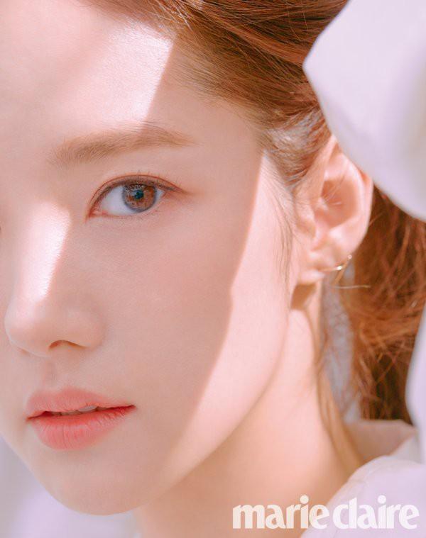 Trở lại với bộ hình đẹp ná thở, Park Min Young giờ đã biến đổi thành công đến đẳng cấp nữ hoàng dao kéo - Ảnh 1.