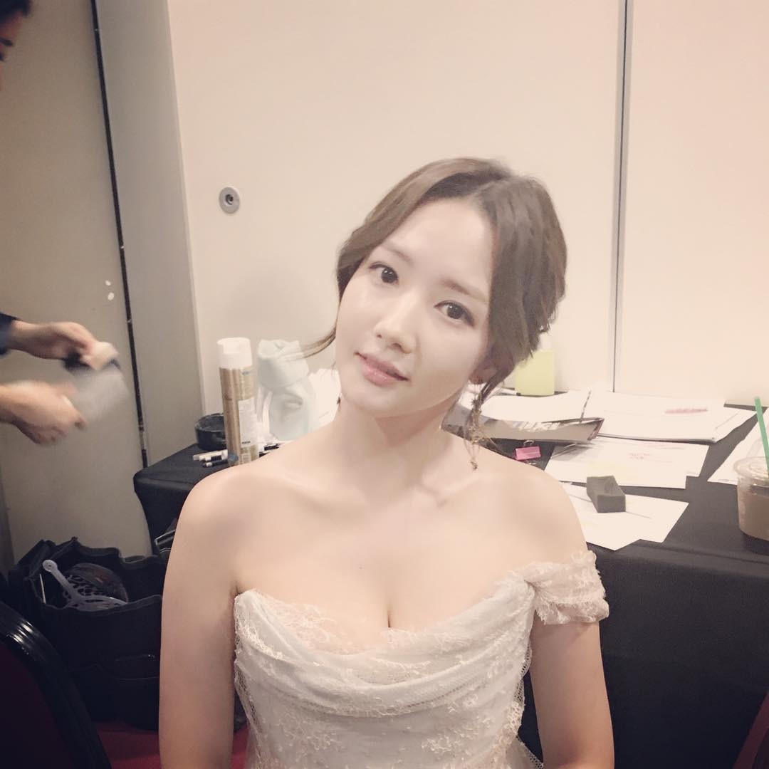 Trở lại với bộ hình đẹp ná thở, Park Min Young giờ đã biến đổi thành công đến đẳng cấp nữ hoàng dao kéo - Ảnh 9.