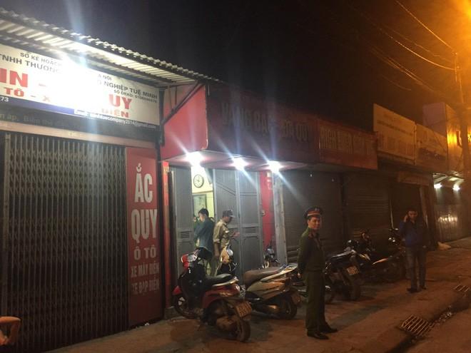 Danh tính kẻ cầm súng lao vàng cướp tiệm vàng giữa đêm ở Hà Nội - Ảnh 2.