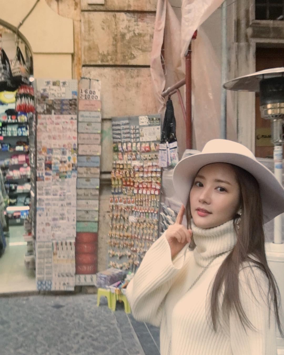 Trở lại với bộ hình đẹp ná thở, Park Min Young giờ đã biến đổi thành công đến đẳng cấp nữ hoàng dao kéo - Ảnh 10.