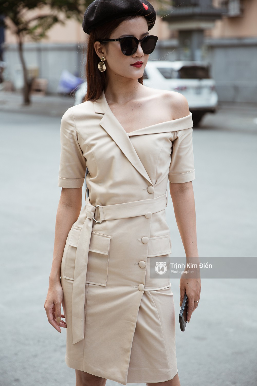 Street style VIFW ngày 3: Không chỉ tận dụng tối đa áo khoác, tín đồ Sài Gòn còn mặc đồ ngủ, quấn khăn ra đường - Ảnh 11.